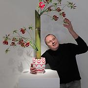 10.2.2017 Farmleigh Gallery VASE with florist Lamber de Bie