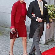BEL/Brussel/20101120 - Huwelijk prinses Annemarie de Bourbon de Parme-Gualtherie van Weezel en bruidegom Carlos de Borbon de Parme, prins Constantijn en partner prinses Laurentien Brinkhorst