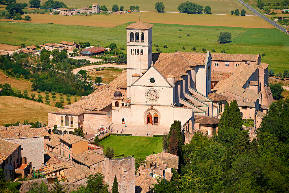 Arial view of the Papal Basilica of St Francis of Assisi, ( Basilica Papale di San Francesco ) Assisi, Italy .<br /> <br /> Visit our ITALY HISTORIC PLACES PHOTO COLLECTION for more   photos of Italy to download or buy as prints https://funkystock.photoshelter.com/gallery-collection/2b-Pictures-Images-of-Italy-Photos-of-Italian-Historic-Landmark-Sites/C0000qxA2zGFjd_k .<br /> <br /> Visit our MEDIEVAL ART PHOTO COLLECTIONS for more   photos  to download or buy as prints https://funkystock.photoshelter.com/gallery-collection/Medieval-Middle-Ages-Art-Artefacts-Antiquities-Pictures-Images-of/C0000YpKXiAHnG2k