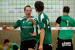 27-10-2012 VOLLEYBAL: VV ALTERNO - E DIFFERENCE SSS: APELDOORN<br /> Eerste divisie A mannen - Alterno wint met 4-0 van SSS / Adriaan Kuiper<br /> ©2012-FotoHoogendoorn.nl
