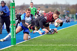 Chris Ashton (Saracens) scores the opening try - Photo mandatory by-line: Patrick Khachfe/JMP - Tel: Mobile: 07966 386802 18/01/2014 - SPORT - RUGBY UNION - Allianz Park, London - Saracens v Connacht Rugby - Heineken Cup.