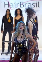 Show do Global Beauty apresentado por Klaus Peter Ochs, presidente mundial da Intercoiffure na Hair Brasil 2007, maior evento de beleza da América Latina, realizado de 13 a 17 de abril, no Expo Center Norte, na zona norte de São Paulo. FOTO: Jefferson Bernardes/Preview.com
