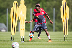21.05.2014, Seeresidenz, Walchsee, AUT, FIFA WM, Vorbereitung Kamerun, im Bild Fabrice Olinga (Kamerun) // during Trainingscamp of Team Camerun for Preparation of the FIFA Worldcup Brasil 2014 at the Seeresidenz in Walchsee, Austria on 2014/05/21. EXPA Pictures © 2014, PhotoCredit: EXPA/ JFK