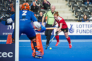 Holcombe's Sarah Jones drives into the circle. East Grinstead v Holcombe - Semi-Final - Investec Women's Hockey League Finals, Lee Valley Hockey & Tennis Centre, London, UK on 22 April 2017. Photo: Simon Parker