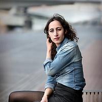 Nederland, Amsterdam , 23 april 2014.<br /> De Greenpeace-activisten Faiza Oulahsen<br /> Foto:Jean-Pierre Jans