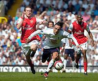 Photo: Ed Godden/Sportsbeat Images.<br /> Tottenham Hotspur v Arsenal. The Barclays Premiership. 21/04/2007. Arsenal's Alexander Hleb (L), fouls Dimitar Berbatov.