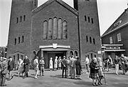 Nederland, 1984Serie mbt geestelijk leven in Nederland. Reportage in klooster Norbertijnen in Heeswijk Dinter, de Koningshoeve Berkel Enschot , witte paters in Nijmegen .Foto: Flip Franssen