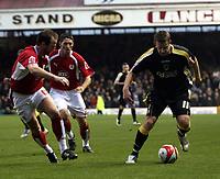 Photo: Mark Stephenson/Sportsbeat Images.<br /> Bristol City v Cardiff City. Coca Cola Championship. 15/12/2007.Cardiff's Paul Parry is on the attack
