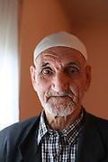Portrait de personnes agees // Portrait of an elderly gentleman