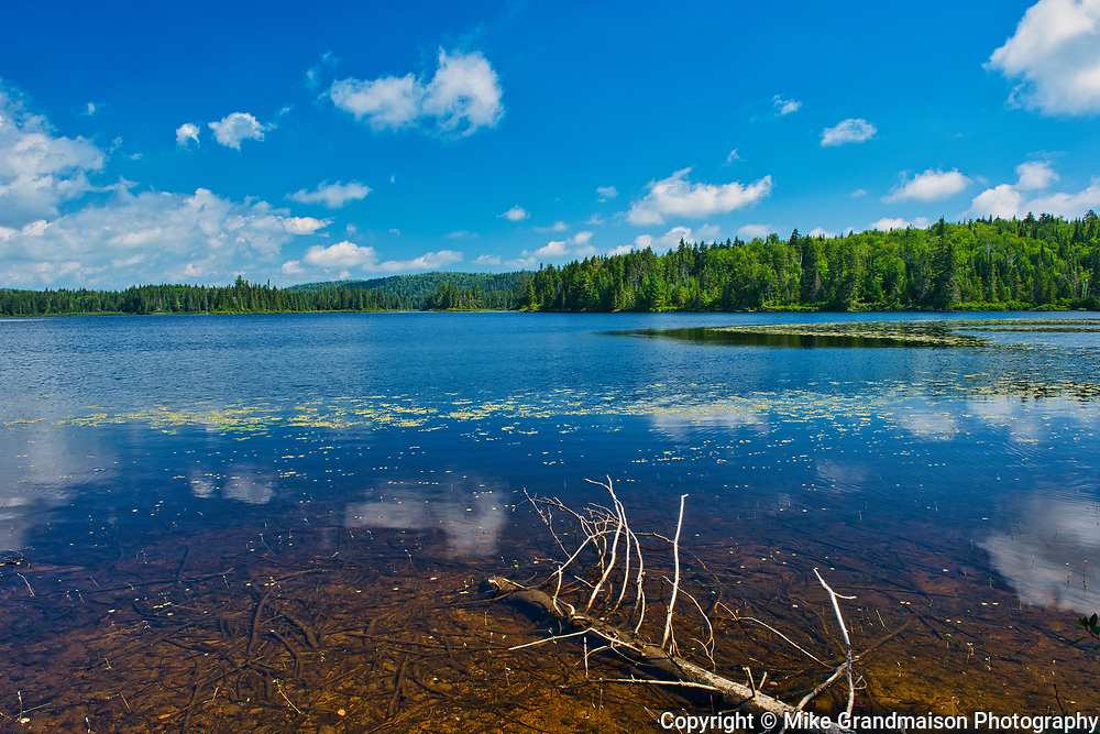 Lac Soumire<br />La Mauricie National Park<br />Quebec<br />Canada