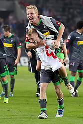 25.11.2011, Rhein Energie Stadion, Koeln, GER, 1.FBL, 1. FC Koeln vs Borussia Moenchengladbach, im BildTorjubel/ Jubel Marco Reuss (Mönchengladbach #11) mit Mike Hanke (Mönchengladbach #19) // during the 1.FBL, 1. FC Koeln vs Borussia Moenchengladbach on 2011/11/25, Rhein-Energie Stadion, Köln, Germany. EXPA Pictures © 2011, PhotoCredit: EXPA/ nph/ Mueller *** Local Caption ***..***** ATTENTION - OUT OF GER, CRO *****