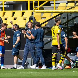 Freude auf der Bank von Hoffenheim; 1. Fussball-Bundesliga; Borussia Dortmund - TSG Hoffenheim am 27.06.2020 im Signal-Iduna-Park in Dormund (Nordrhein-Westfalen). <br /> <br /> FOTO: BEAUTIFUL SPORTS/WUNDERL/POOL/PIX-Sportfotos<br /> <br /> DFL REGULATIONS PROHIBIT ANY USE OF PHOTOGRAPHS AS IMAGE SEQUENCES AND/OR QUASI-VIDEO. <br /> <br /> EDITORIAL USE OLNY.<br /> National and<br /> international NewsAgencies OUT.<br /> <br /> <br /> <br /> Foto © PIX-Sportfotos *** Foto ist honorarpflichtig! *** Auf Anfrage in hoeherer Qualitaet/Aufloesung. Belegexemplar erbeten. Veroeffentlichung ausschliesslich fuer journalistisch-publizistische Zwecke. For editorial use only. DFL regulations prohibit any use of photographs as image sequences and/or quasi-video.