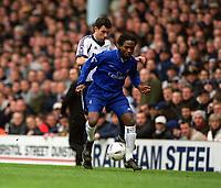 Fotball: Celestine Babayaro (Chelsea) is challenged by Gustavo Poyet (Tottenham). Tottenham Hotspur v Chelsea. FA Cup 6th Round, 10.03.2002.<br /> Foto: Andrew Cowie, Digitalsport