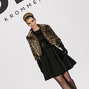 NLD/Laren/20150124 - Modeshow Addy van den Krommenacker Fall Winter 2015 'London revisited', mannequins op de catwalk, Wendy-Kristy Hoogerbrugge