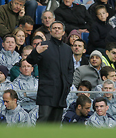 Photo: Lee Earle.<br /> Chelsea v Watford. The Barclays Premiership. 11/11/2006. Chelsea manager Jose Mourinho.