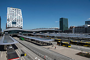 Station Utrecht Centraal is het centraal station van de stad Utrecht, de hoofdstad van de Nederlandse provincie Utrecht. Het station is het belangrijkste knooppunt van de spoorlijnen in Nederland en is mede daardoor in oppervlakte en reizigersaantallen het grootste station van Nederland.