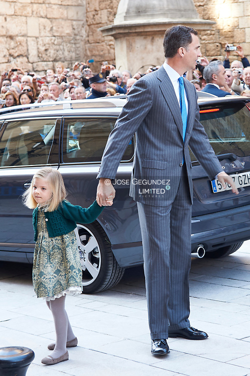 Spanish King Juan Carlos I, Queen Sofia of Spain, Prince Felipe of Spain, Princess Letizia of Spain, Infanta Leonor of Spain, Infanta Sofia of Spain and Princess Elena of Spain attend Easter Mass on April 8, 2012 in Palma de Mallorca, Spain.