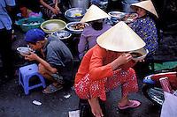 Vietnam. Delta du Mekong. My Tho.  Le marché. // Vietnam. Mekong Delta. My Tho. The Market.
