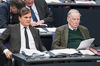 14 FEB 2019, BERLIN/GERMANY:<br /> Bernd Baumann (L), MdB, AfD, 1. PArl. Geschaeftsfuehrer, und Alexander Gauland (R), MdB, AFD Fraktionsvorsitzender, Bundestagsdebatte, Plenum, Deutscher Bundestag<br /> IMAGE: 20190214-01-081<br /> KEYWORDS: Bundestag, Debatte