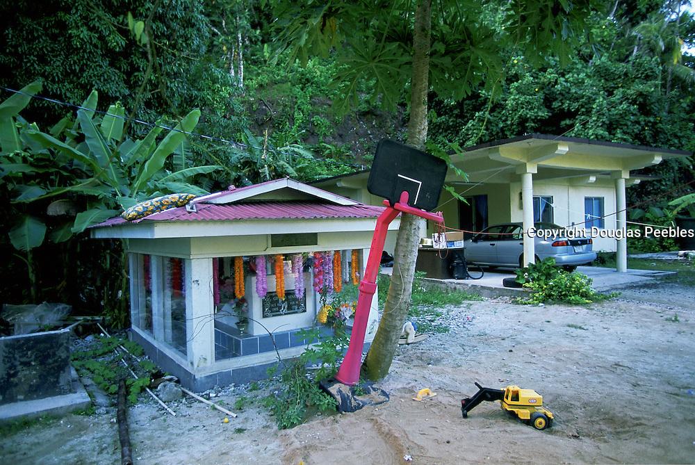 Grave, Kosrae, Federated States of Micronesia, Micronesia<br />