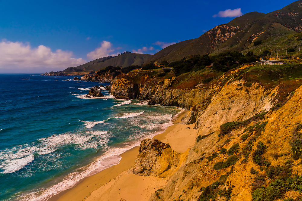 The rugged Big Sur coastline along Highway 1, between Carmel Highlands and Big Sur, Monterey County, California USA.
