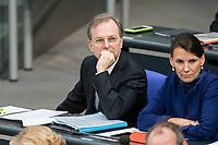 14 FEB 2019, BERLIN/GERMANY:<br /> Thomas Rachel, MdB, CDU, Parl. Staatssekretaer im Bundesministerium fuer Bildung und Forschung, Bundestagsdebatte, Plenum, Deutscher Bundestag<br /> IMAGE: 20190214-01-046<br /> KEYWORDS: Bundestag, Debatte