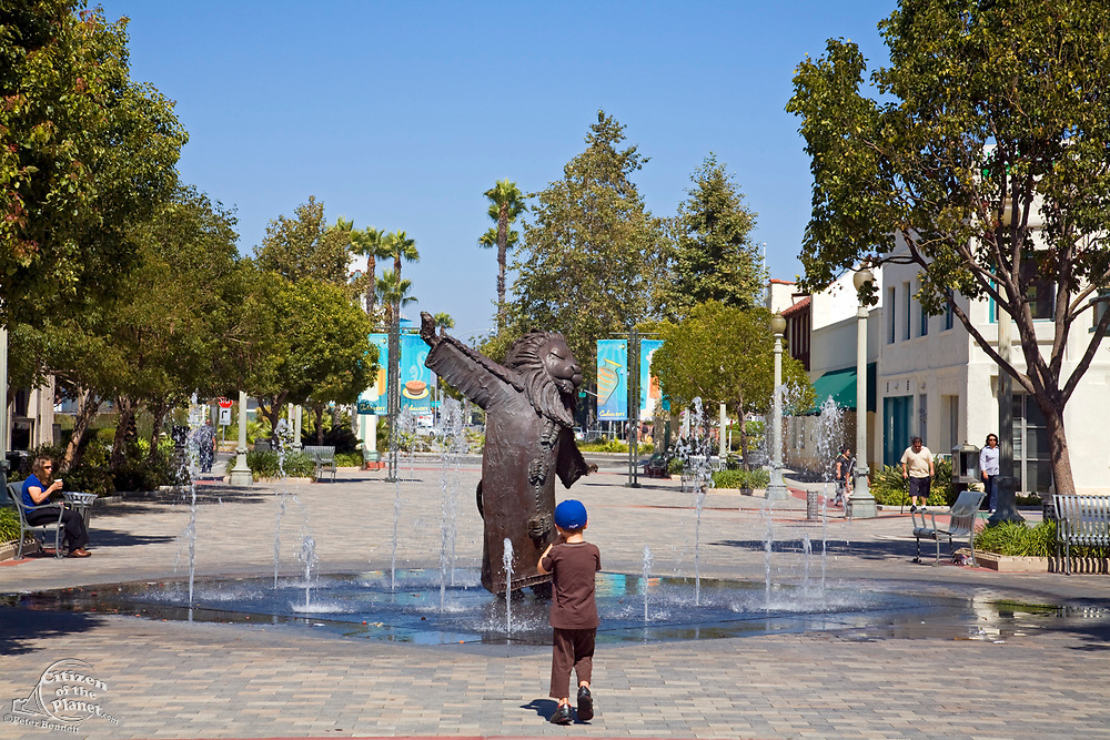 The Lion's Fountain (2004) by Douglas Olmsted Freeman. Next To Culver Hotel, Culver City, California, USA