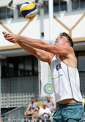 17-07-2014 NED: FIVB Grand Slam Beach Volleybal, Apeldoorn<br /> Poule fase groep A mannen - Alexander Walkenhorst (1) GER