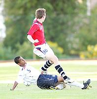 Fotball , <br /> Soccer , <br /> Landskamp gutter 16 G16, <br /> Nordisk gutteturnering i Sverige , <br /> 31.07.08 , Strömsvallen stadion i Strömstad , <br /> England - Norge , <br /> Ørjan Hopen , <br /> Jak Alnwick , <br /> Foto: Thomas Andersen / Digitalsport