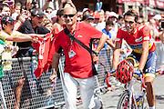Alberto Contador arriving for at the last step of the Vuelta de EspaÒa for the signature control.