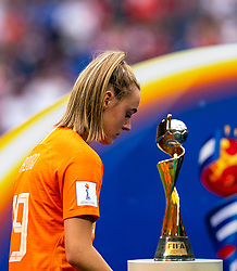 07-07-2019 FRA: Final USA - Netherlands, Lyon<br /> FIFA Women's World Cup France final match between United States of America and Netherlands at Parc Olympique Lyonnais. USA won 2-0 / Jill Roord #19 of the Netherlands World Cup Trophy