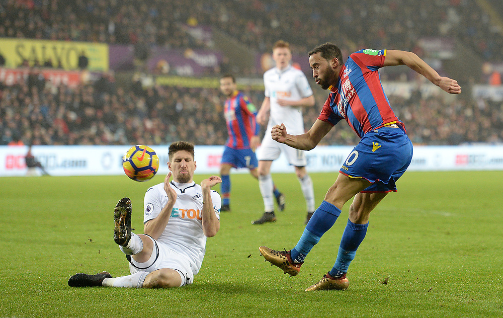 Crystal Palace's Andros Townsend has  a shot at goal <br /> <br /> Photographer Ian Cook/CameraSport<br /> <br /> The Premier League - Swansea City v Crystal Palace - Saturday 23rd December 2017 - Liberty Stadium - Swansea<br /> <br /> World Copyright © 2017 CameraSport. All rights reserved. 43 Linden Ave. Countesthorpe. Leicester. England. LE8 5PG - Tel: +44 (0) 116 277 4147 - admin@camerasport.com - www.camerasport.com