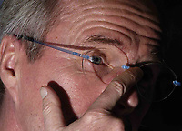 Fotball<br /> Foto: BPI/Digitalsport<br /> NORWAY ONLY<br /> <br /> 12/10/2004 England Press Conference, Hyatt Regency Hotel, Baku, Azerbaijan<br /> A decidedly uncomfortable Sven Gøran Eriksson adjusts his familiar glasses as he faces a grilling over the remarks made by David Beckham