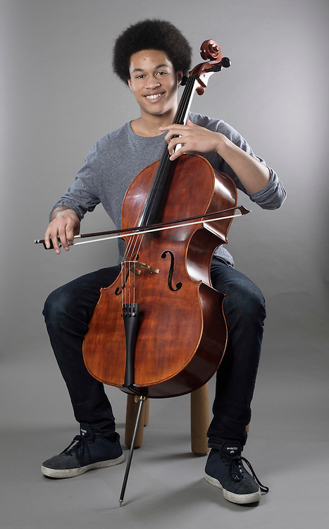 27/05/16 Nottingham - SHEKU KANNEH-MASON , BBC Young Musician at home with his cello and family