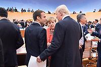 07 JUL 2017, HAMBURG/GERMANY:<br /> Emmanuel Macron (L), Praesident Frankreich, Angela Merkel (M), CDU, Bundeskanzlerin, und Donald Trump (R), Praesident Vereinigte Staatsn von America, USA, im Gesprech, vor Beginn der 1. Arbeitssitzung, G20 Gipfel, Messe<br /> IMAGE: 20170707-01-041<br /> KEYWORDS: G20 Summit, Deutschland, Gespräch