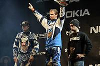 Motor<br /> Foto: Gepa/Digitalsport<br /> NORWAY ONLY<br /> <br /> 03.12.2005<br /> MÜNCHEN, DEUTSCHLAND,03.DEZ.05 - SNOWBOARD - Air Style Contest 2005. Bild zeigt Ailo Gaup (NOR), Nate Adams (USA) und Jeremy Twich-Stenberg (USA).