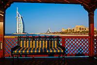 Emirats Arabes Unis, Dubai, Jumeirah beach, hotel Mina A'Salam Madinat Jumeirah avec vue sur l hotel Burj Al Arab // United Arab Emirates, Dubai, Jumeira beach, Hotel Mina A'Salam Madinat Jumeirah with View of Burj Al Arab hotel