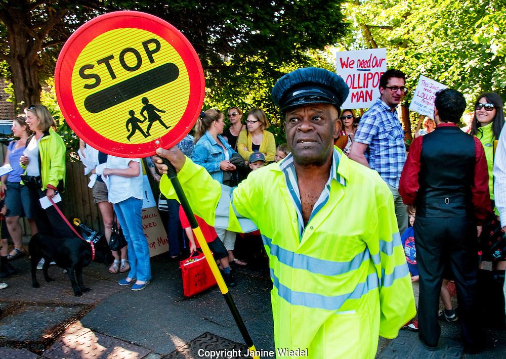 Demonstration Against Southwark Council's Redundancies of Lollipop Personnel ??