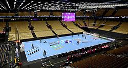 19-12-2015 DEN: World Championships Handball 2015 Training Oranje, Herning<br /> Jiske Bank Boxen is klaar voor de 15.000 toeschouwers die de finale Nederland - Noorwegen bezoeken.