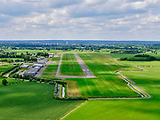Nederland, Gelderland, Gemeente Voorst,, 21–06-2020;  Teuge International Airport, vliegveld voor de burgerluchtvaart. RWY 08-26, runway, startbaan en landingsbaan, meet 1199 meter.<br /> Teuge International Airport (ICAO: EHTE), civil aviation airport.<br /> <br /> luchtfoto (toeslag op standaard tarieven);<br /> aerial photo (additional fee required)<br /> copyright © 2020 foto/photo Siebe Swart