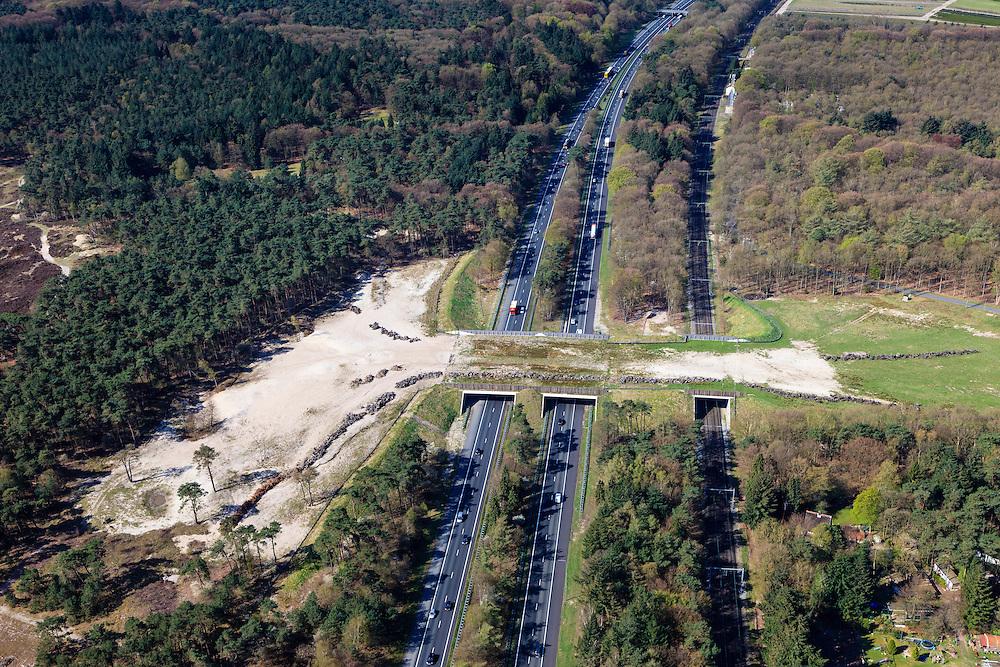 Nederland, Gelderland, Veluwe, 01-05-2013.<br /> Ecoduct Hulshorst, A28 en spoorlijn naar Zwolle.  Natuurgebied Hulshorsterzand, zandverstuivingen, heidegrond en naaldbomen. <br /> Wildlife bridge Hulshorst, motorway A28 and railway to Zwolle. Sand dunes, heathland and pine trees. Nature area.<br /> luchtfoto (toeslag op standard tarieven)<br /> aerial photo (additional fee required)<br /> copyright foto/photo Siebe Swart