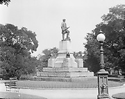 0613-B013. McPherson Square, Washington, DC, 1922