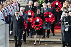 © Licensed to London News Pictures. 11/11/2018. London, UK. British Labour Party Leader Jeremy Corbyn and British Prime Minister Theresa May attends a Remembrance Day Ceremony at the Cenotaph war memorial in London, United Kingdom, on November 11, 2018.  Thousands of people honour the war dead by gathering at the iconic memorial to lay wreaths and observe two minutes silence and marks the 100th anniversary of Armistice Day. Photo credit: Ray Tang/LNP