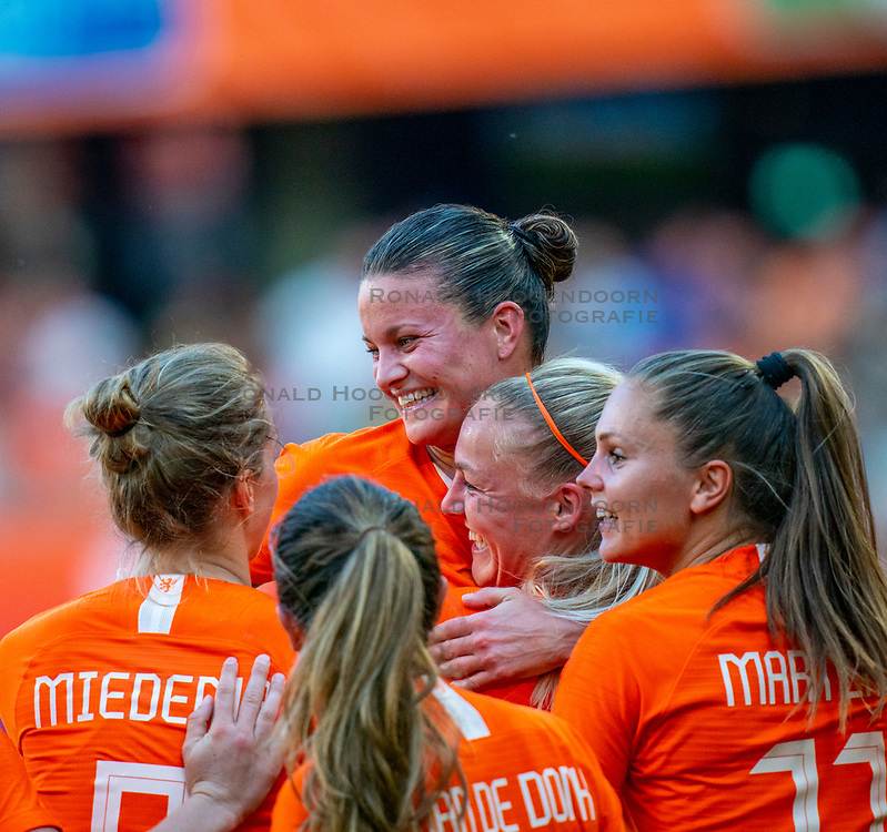 01-06-2019 NED: Netherlands - Australia, Eindhoven<br /> <br /> Friendly match in Philips stadion Eindhoven. Netherlands win 3-0 / Shanice van de Sanden #7 of The Netherlands score 1-0, Sherida Spitse #16 of The Netherlands, Vivianne Miedema #9 of The Netherlands, Stefanie van der Gragt #3 of The Netherlands