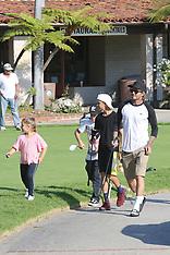 Excl: David Beckham takes the kids golfing - 8 Aug 2017