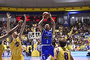 Alex Acker<br /> Fiat Torino - Mia Cantu<br /> Lega Basket Serie A 2016/2017<br /> Torino 26/03/2017<br /> Foto Ciamillo-Castoria