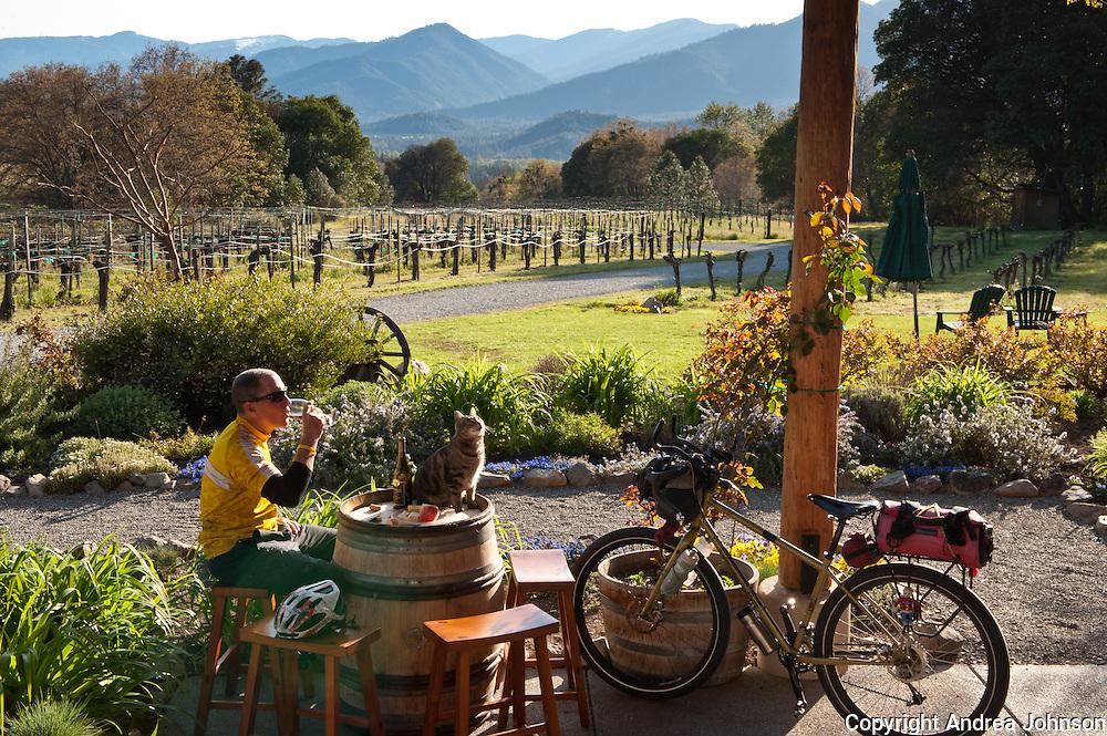 Bicyling Southern Oregon wine country, Wooldridge vineyards, Applegate valley