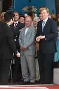 Z.K.H. Willem Alexander  de Prins van Oranje verricht de opening van het Geldmuseum te Utrecht . / Prince Willem Alexander opens the new money museum in Utrecht.<br /> <br /> De openingsceremonie