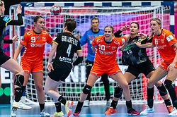 Larissa Nusser of Netherlands, Danick Snelder of Netherlands, Kelly Dulfer of Netherlands in action during the Women's EHF Euro 2020 match between Netherlands and Germany at Sydbank Arena on december 14, 2020 in Kolding, Denmark (Photo by RHF Agency/Ronald Hoogendoorn)
