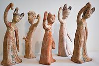France, Paris (75), Musée Guimet, Cinq danseuses, Chine du Nord, dynastie Tang, VII siècle // France, Paris, Guimet museum, five dancers, North China, Tang dynasty, 7th century